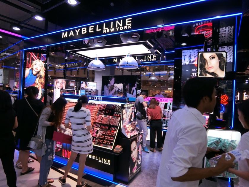 Eve Boy Bangkok Siam Square